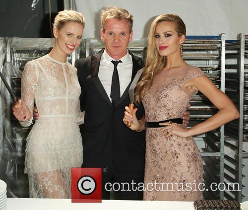 Karolina Kurkova, Gordon Ramsey and Petra Nemcova 5