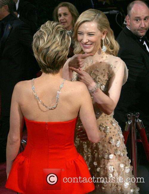 Jennifer Lawrence and Cate Blanchett 5