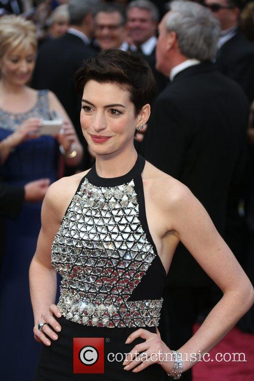 anne hathaway the 86th annual oscars arrivals 4093573