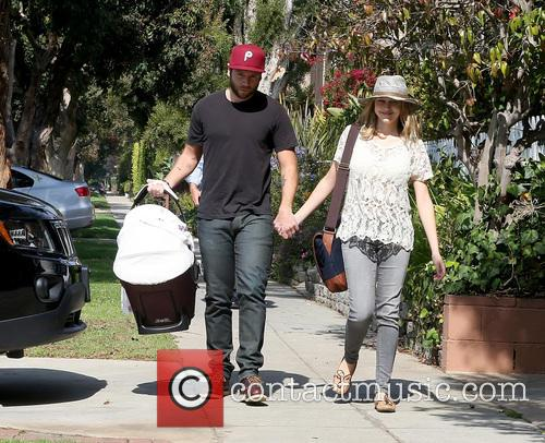 Teresa Palmer, Mark Webber and Bodhi Palmer 8