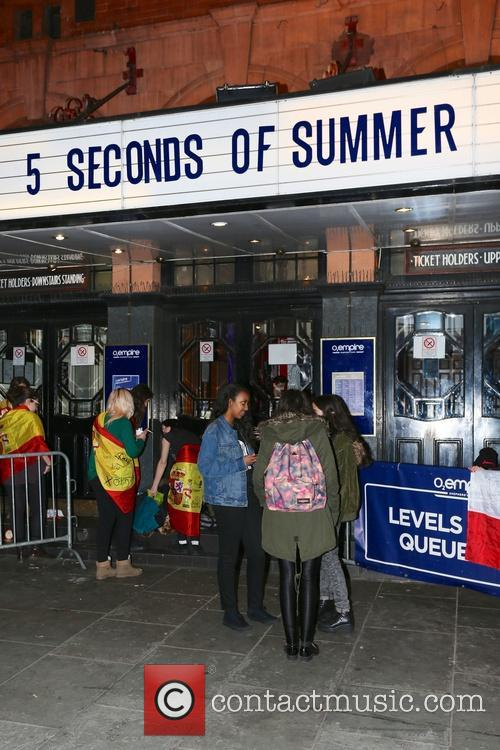 Seconds and Summer Fans 2