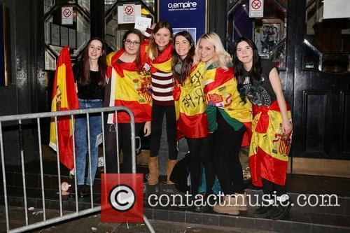 Seconds and Summer Fans 7