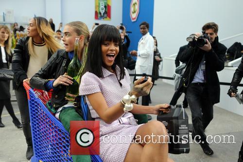 Rihanna, Cara Delevingue and Joan Smalls 5