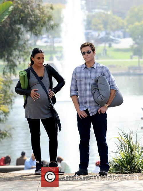 Kevin Connolly and Emmanuelle Chriqui 1