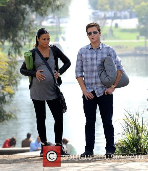 Kevin Connolly and Emmanuelle Chriqui 5