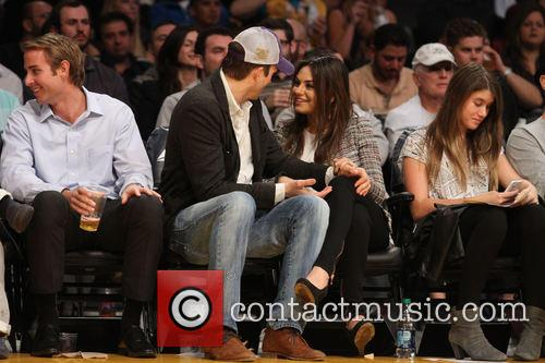 Ashton Kutcher and Mila Kunis 2
