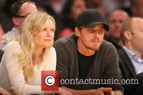 Kirsten Dunst and Garrett Hedlund 6