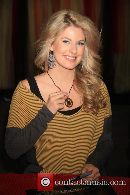 Stephanie Leigh Schlund 7