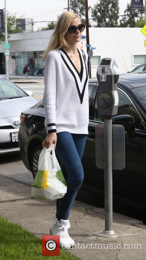 Jaime King leaving Lemonade restaurant after lunch