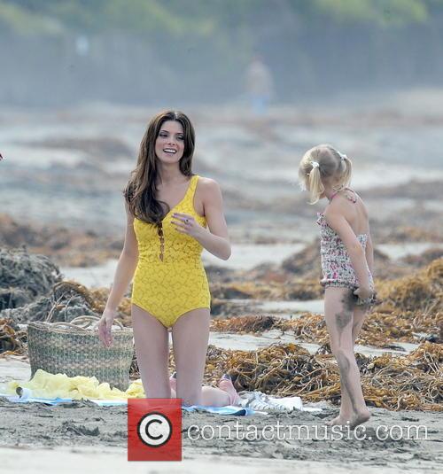 Ashley Greene and Alyvia Alyn Lind 3