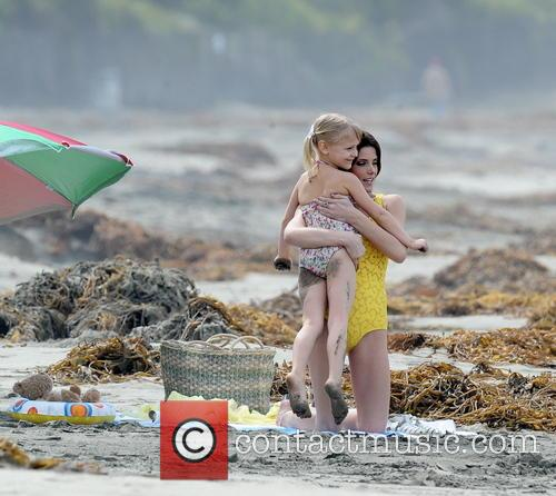 Ashley Greene and Alyvia Alyn Lind 7