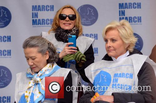 Ban Soon-taek, Kim Cattrall and Cindy Mccain 5