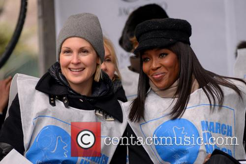Kelly Rutherford and Naomi Campbell 7