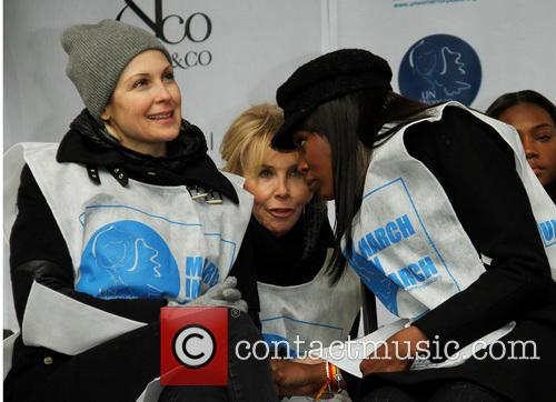 kelly rutherford trudie tyler naomi campbell un women for 4101660