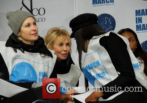 Kelly Rutherford, Trudie Tyler and Naomi Campbell 3
