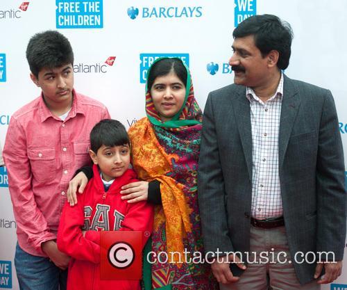 Malala Yousafzai, Ziauddin Yousafzai, Apal Khan and Khushal Khan 4
