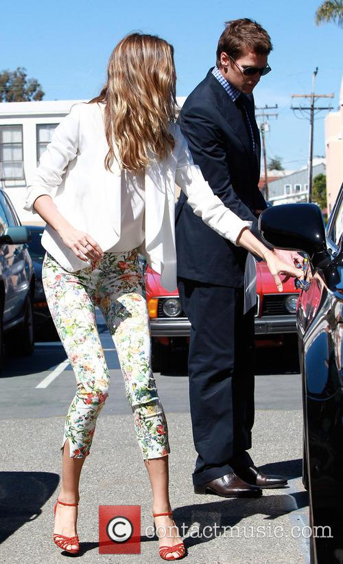 Gisele Bundchen and Tom Brady 7