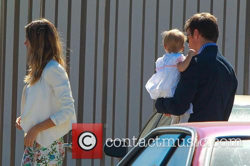 Gisele Bundchen, Tom Brady and Vivian Brady 4