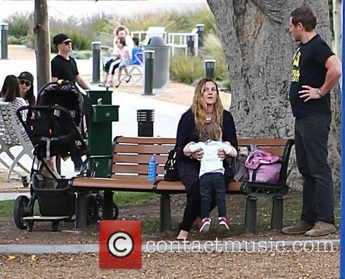 Drew Barrymore, Will Kopelman and Olive Barrymore Kopelman 17