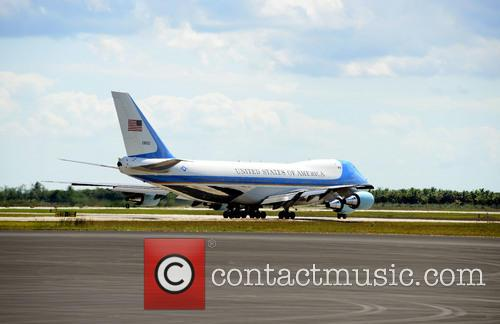 Barack Obama, Air Force One and Michelle Obama 11
