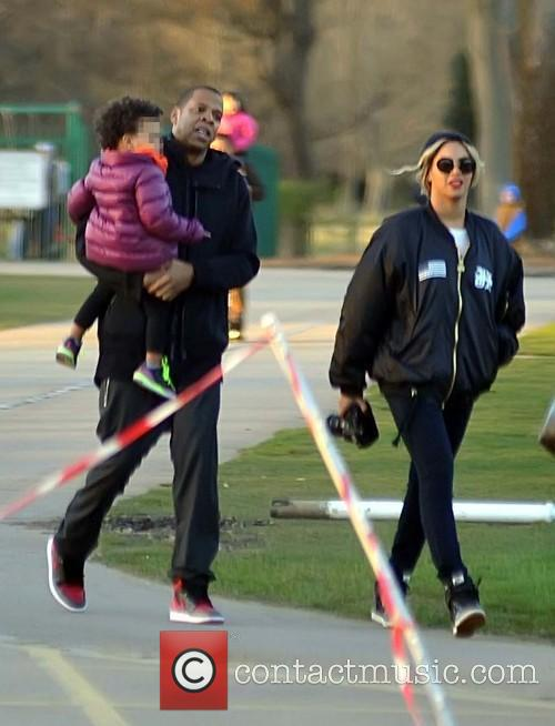 Beyonce, Jay Z and Blue Ivy Carter 4