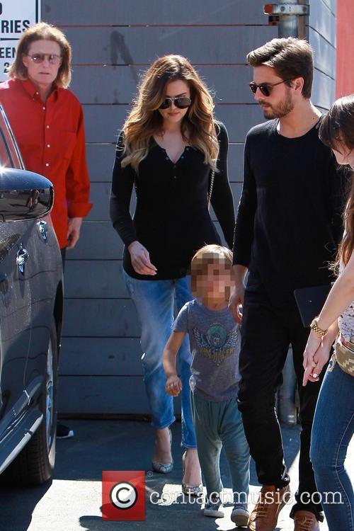 Scott Disick, Mason Disick, Khloe Kardashian and Bruce Jenner 10
