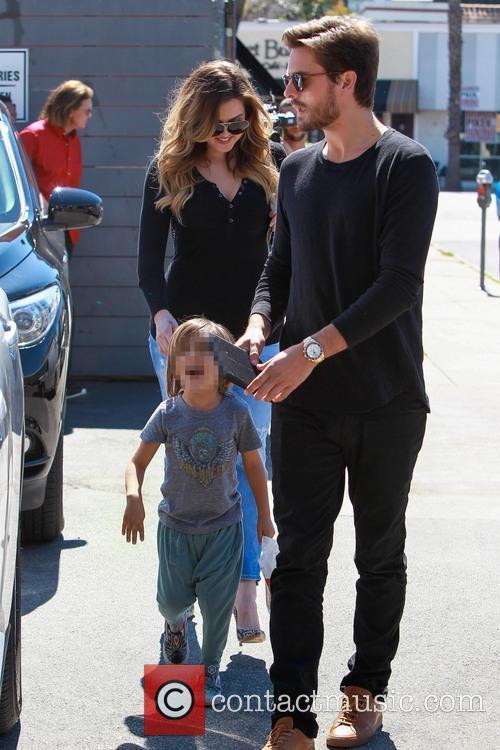 Scott Disick, Mason Disick and Khloe Kardashian 7