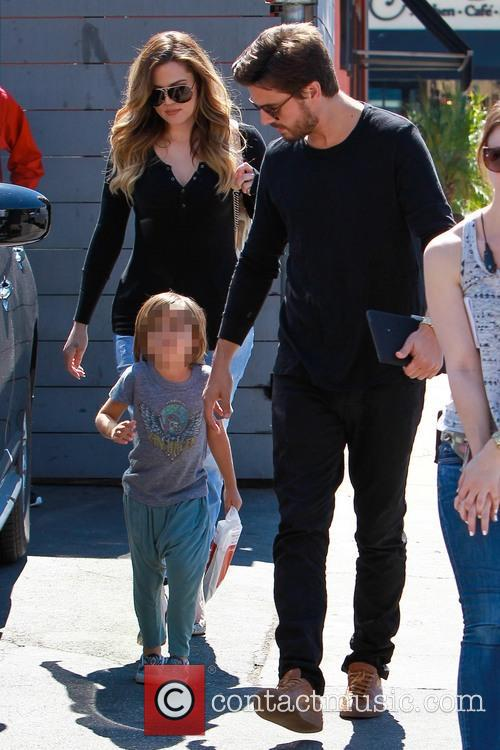 Scott Disick, Mason Disick and Khloe Kardashian 9