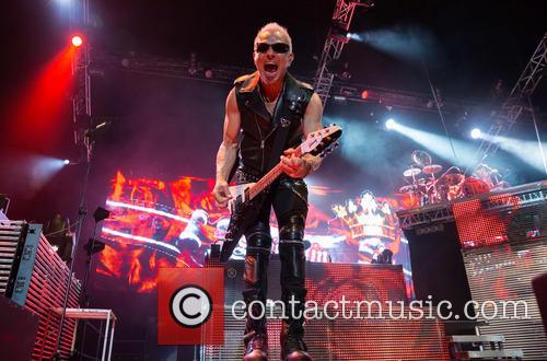 scorpions rudolf schenker german rock band scorpions perform 4105387