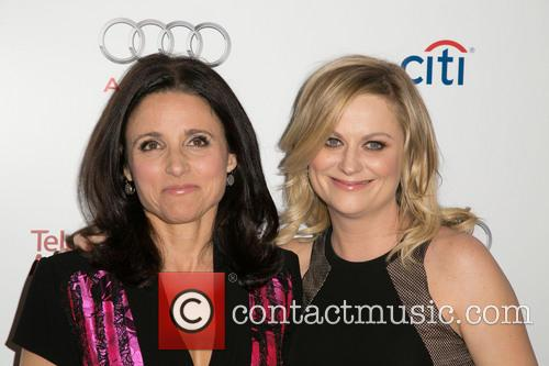 Julia Louis-dreyfus and Amy Poehler 3