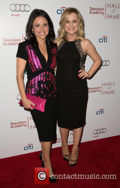 Julia Louis-dreyfus and Amy Poehler 6