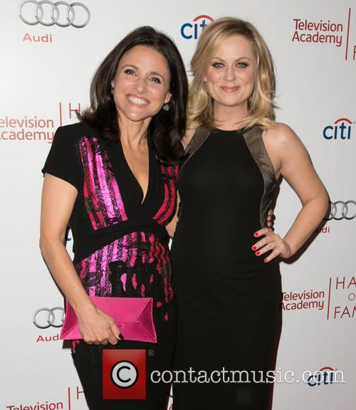Julia Louis-dreyfus and Amy Poehler 8