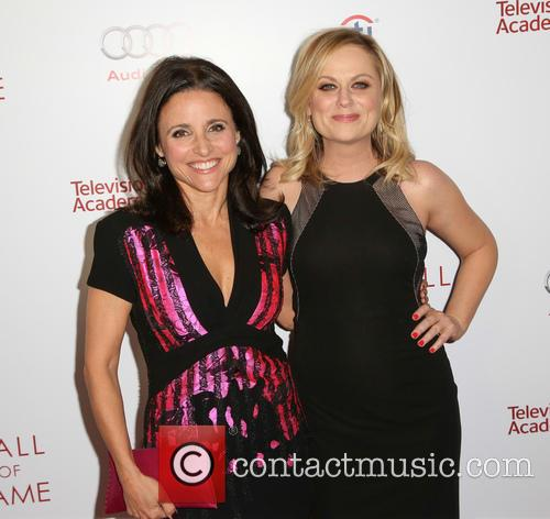 Amy Poehler and Julia Louis-dreyfus 7