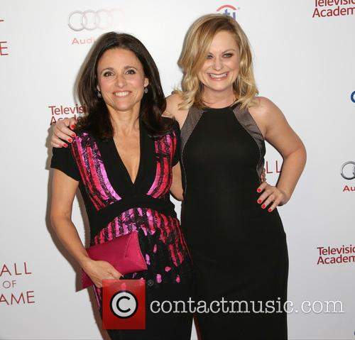 Amy Poehler and Julia Louis-dreyfus 9