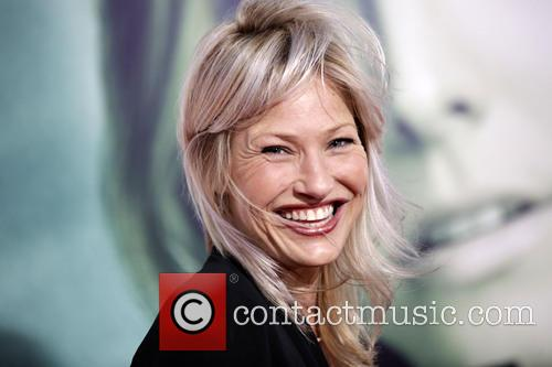 Joey Lauren Adams 4