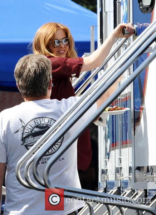 isla fisher isla fisher pregnant on filmset 4109204