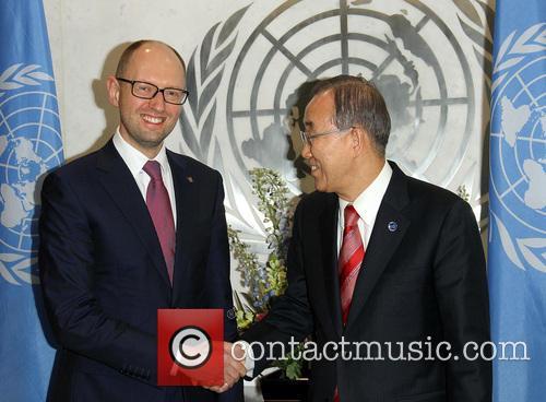 Arseniy Yatsenyuk and Ban Ki Moon 6