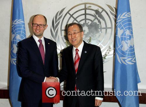 Arseniy Yatsenyuk and Ban Ki Moon 7