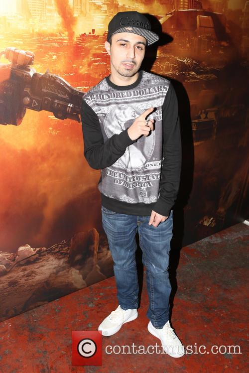 adam deacon titanfall uk launch party 4109095