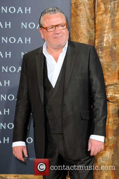 Ray Winstone | News, Photos and Videos | Page 3