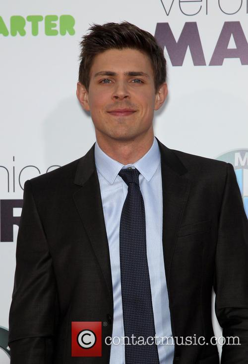 Chris Lowell 3