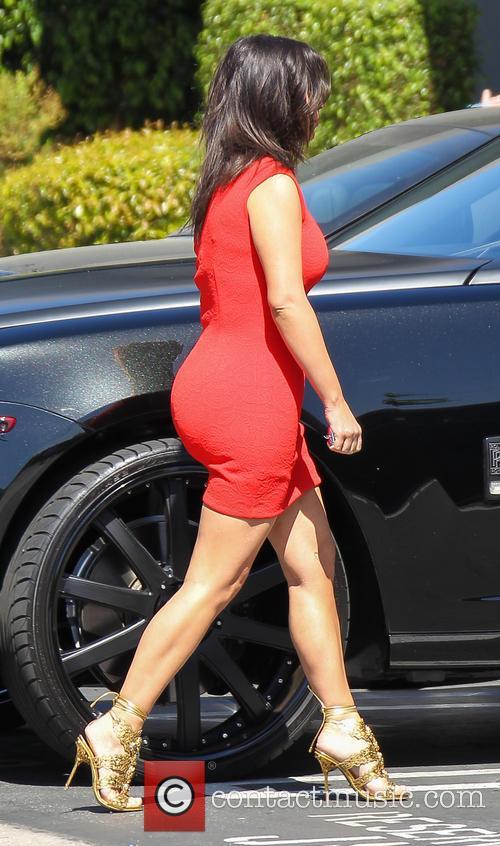 Kim Kardashian 30