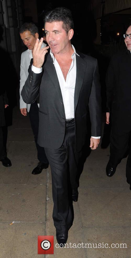 Celebrities leave Lou Lou's club