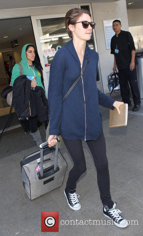 Shailene Woodley arrives at Los Angeles International (LAX) airport
