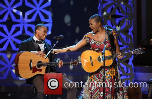 Jonathan Mcreynolds and India.arie 2
