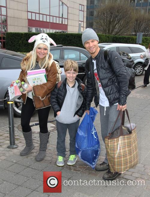 Leighanne Littrell, Baylee Thomas Wylee Littrell and Brian Littrell 1
