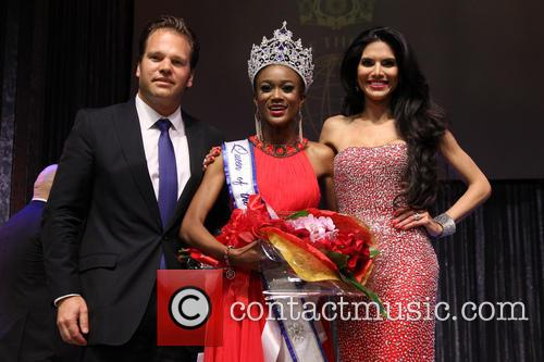 Michael Ohoven, Ariel Diane King and Joyce Giraud 3