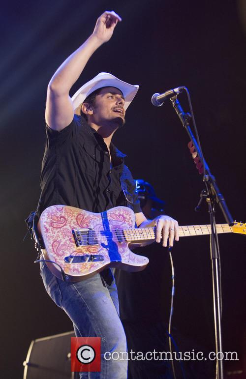 brad paisley country 2 country day 4112336