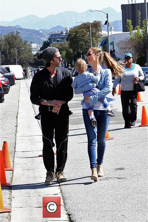 Elizabeth Berkley, Greg Lauren and Sky Lauren 4