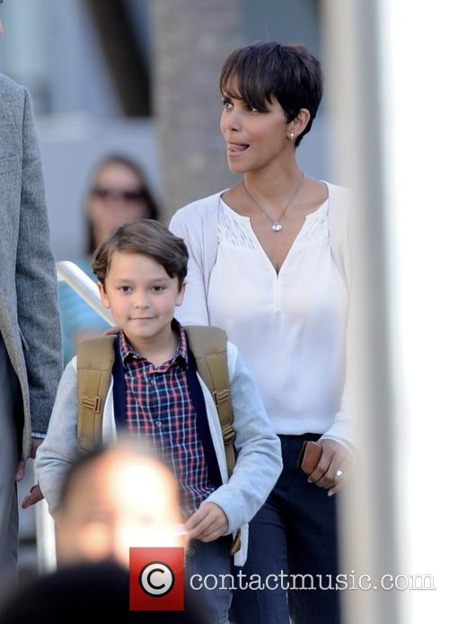 Halle Berry and Pierce Gagnon 7